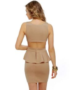 sexyback. really enjoy the way the back of this dress is cut.