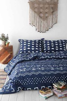 Urban Outfitters 4040 Locust Mari Mod Duvet Cover - home and bedding (indigo, blue bedroom decor) Bohemian Bedroom Design, Bohemian Bedding, Platform Bedroom, Platform Beds, Duvet Covers Urban Outfitters, Cozy Bed, Cool Rooms, Good Night Sleep, Interior Inspiration