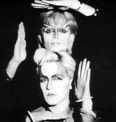 David Sylvian / Mick Karn. Japan Blitz Kids, Goth Music, Goth Glam, Romantic Goth, New Romantics, Charming Man, Music Icon, Post Punk, Gothic Beauty