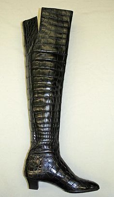 Yves Saint Laurent F/W 1963 Collection thigh-high crocodile boots by Roger Vivier. The Met, gift of Joanne T. Heeled Boots, Bootie Boots, Shoe Boots, Shoe Bag, Ysl Boots, Roger Vivier, Ringo Starr, Mode Vintage, Vintage Shoes