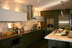 marble backsplash & counter