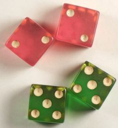Brightly colored bakelite dice! Another thing I love collecting !