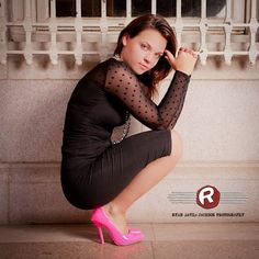 Downtown Raleigh Senior Portraits - Shoe Crush by Ryan David Jackson Photography located in Fayetteville, NC. www.seniorportraits.ryandavidjackson.com  #outdoorportraits #ncportraits #northcarolina #photography #photographer #ncseniorportraits #bestphotographer #fayettevillephotography