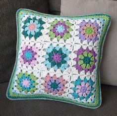ice cream pillow by Kika Tikka, via Crochet Cushion Pattern, Crochet Cushion Cover, Crochet Cushions, Granny Square Crochet Pattern, Crochet Squares, Crochet Cardigan Pattern, Crochet Patterns, Crochet Box, Crochet Lace Edging
