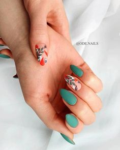 Nail art Christmas - the festive spirit on the nails. Over 70 creative ideas and tutorials - My Nails Cute Acrylic Nails, Cute Nails, Pretty Nails, Hair And Nails, My Nails, Nail Manicure, Nail Polish, Finger, Stylish Nails