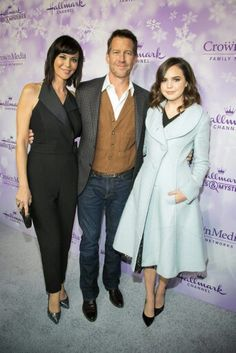 Catherine Bell and friends The Good Witch Series, Witch Tv Series, Hallmark Good Witch, James Denton, Tv Show Casting, Catherine Bell, Witch Fashion, Celebs, Celebrities