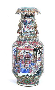19C Chinese Famille Rose Porcelain Figurine Vase Bird