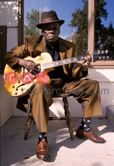 John Lee Hooker prints at Analogue Gallery. Analogue Gallery is Toronto's premier Rock and Roll photography gallery's online store. Over 50 years of music history. Rhythm And Blues, Jazz Blues, Blues Music, Blues Artists, Music Artists, Reggae Music, Rock Music, Historia Do Rock, Instrumental