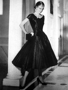 1951 Vogue US - Sunny Harnett