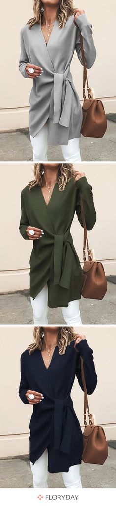 Long-sleeved wrap coats with a V-neck- Langärmlige Wickel-Mäntel mit V-Ausschnitt The right jacket for summer. Knit Fashion, Hijab Fashion, Fashion Outfits, Womens Fashion, Fashion Trends, Jackets Fashion, Fashion Boots, Fashion Design, Moda Hijab