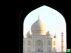 Best Places To Visit in India - Taj Mahal