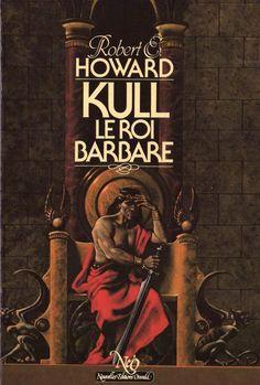 """Kull d'Atlantis ou Kull le conquérant est un héros d'heroic fantasy créé par Robert Ervin Howard en 1929 pour le magazine de feuilletons pulp Weird Tales. Ce personnage inspira à Howard Conan le Barbare, son personnage le plus célèbre. L'histoire tire ses influences aussi bien de la Nécromancie que de H. P. Lovecraft.  Donc faites en sorte de ne jamais avoir à dire """"Il manque Kull dans ma bibliothèque""""."""