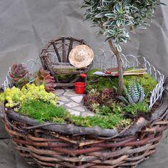 Miniature Fairy Gardens (20 Pics) | Vitamin-Ha