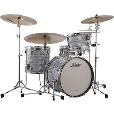 Ludwig Classic Maple 3-Piece Jazzette Shell Pack with 18 in. Bass Drum Sky Blue Pearl