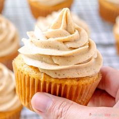 Pumpkin Cupcakes with Pumpkin Spice Cream Cheese Frosting - Full of pumpkin flavor and perfect for Fall baking! Pumpkin Cupcakes with Pumpkin Spice Cream Cheese Frosting --- PIN THIS RECIPE --- Are y'all ready for Pumpkin Spice Cupcakes, Pumpkin Dessert, Pumpkin Spice Latte, Cupcakes Fall, Pumpkin Pumpkin, Cheer Cupcakes, Pumpkin Drinks, Pumpkin Spice Bread, Thanksgiving Cupcakes