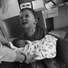 Aww I've been waiting for a picture of Wardo with the new baby! He looks so grown up somehow❤️ Saccone Jolys, Relationship Goals, Relationships, Picture Quotes, Youtubers, Growing Up, New Baby Products, My Favorite Things, Youtube