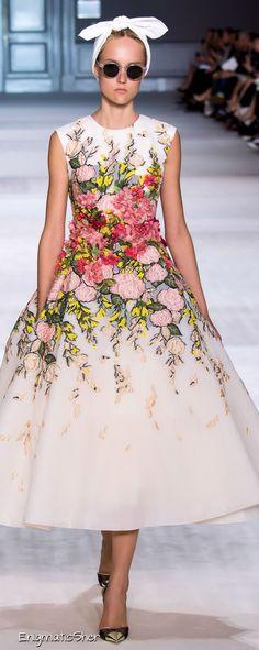 Giambattista Valli Haute Couture Fall Winter 2014-15