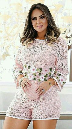 Plus Size Tips & Tricks – Curvy Friends – Plus Size Tips, Photos Voluptuous Women, Mode Hijab, Fashion Outfits, Women's Fashion, Girl Model, Sexy Dresses, Plus Size Fashion, Hot Girls, Summer Outfits