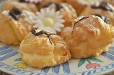profiteroles Profiteroles, Camembert Cheese, Fondant, Muffin, Dairy, Breakfast, Food, Cookies, Morning Coffee