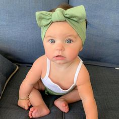 That face . Cute Baby Pictures, Newborn Pictures, Baby Photos, Baby Baby Baby Oh, Baby Fever, Cute Outfits For Kids, Cute Kids, Little Babies, Cute Babies