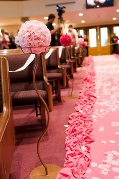 Hot pink wedding decor parisianflorals.com