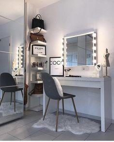 52 best ideas for Diy Muebles Vintage - New room ideas - Beauty Room Bedroom Dressing Table, Dressing Room, Dressing Table Inspo, Dressing Table Organisation, Dressing Tables, Home Design, Interior Design, Design Ideas, Stylish Bedroom