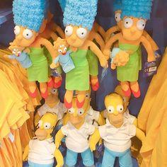 Simpsons Lovers   Você encontra produtos lindos de Homer e sua família na @universalorlando