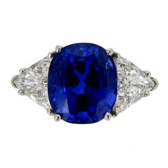 Tiffany & Co Ct Unenhanced Sapphire And Diamond Ring Circa 1962 Blue Diamond Jewelry, Sapphire Jewelry, Blue Sapphire Rings, Blue Rings, Sapphire Diamond, Saphire Ring, Blue Diamonds, Emerald Necklace, Three Stone Engagement Rings