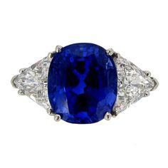 1stdibs.com | Tiffany & Co Sapphire And Diamond Ring Circa 1962.