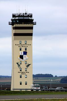 Spangdahlem AB, Germany I used to love visiting the tower when my step-Dad was stationed here. Military Love, Military Brat, Military Service, Us Travel, Places To Travel, Air Force Day, Camping In England, Wild Campen, Air Traffic Control