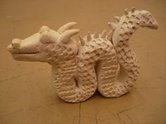 Clay Chinese dragons: texture and attaching clay.