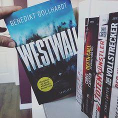 """Kati auf Instagram: """"Werbung/unbezahlt 🙋♀️Hallo meine lieben Bücherfreunde, heute hat mich Buchpost von @lovelybooks erreicht. Vielen herzlichen Dank dafür…"""" Thriller Books, Poster, Instagram, Book Boyfriends, Death, Advertising, Billboard"""