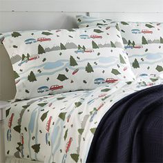 Bring back the good old days with our retro-print camp sheet set. (perfect for an RV or lake house)