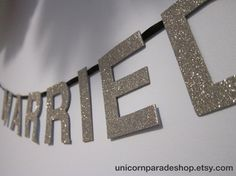 Custom Colour Just Married Glitter Banner by UnicornParadeShop
