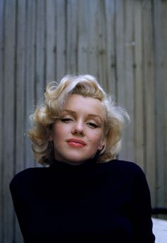 Marilyn Monroe photographed by Alfred Eisenstaedt, 1953.