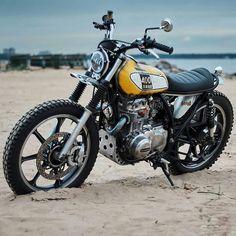 Kawasaki LTD - Scrambler - Motocicletas Scrambler Custom, Scrambler Motorcycle, Custom Motorcycles, Custom Bikes, Vintage Motorcycles, Tw Yamaha, Yamaha Sr400, Tw 125, Build A Bike