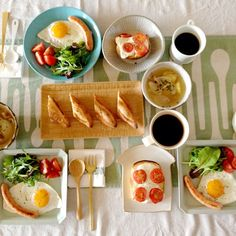 Breakfast photography, food set up, love food, diet recipes, dessert recipe Diet Breakfast, Breakfast Time, Breakfast Recipes, Dessert Recipes, Desserts, Diet Snacks, Healthy Snacks, Healthy Recipes, Diet Soup Recipes