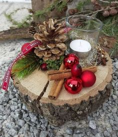 Christmas advent wood arrangement tealight on wooden disc red nature 2 Source by Cheap Christmas, Rustic Christmas, Simple Christmas, Christmas Time, Christmas Wreaths, Christmas Ornaments, Christmas Candles, Minimal Christmas, Natural Christmas