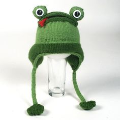 Hey, I found this really awesome Etsy listing at https://www.etsy.com/listing/83616974/knitted-frog-hat-pattern