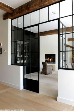 The Trend For Steel Windows And Doors Continues Style At Home, Loft Style Homes, Casa Loft, Sweet Home, Deco Design, Design Design, Graphic Design, Design Elements, Modern Design