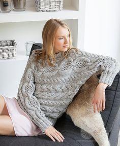 Пуловер с рукавами кимоно, связанный ажурным узором с косами, схема вязания на сайте Люди Вяжут