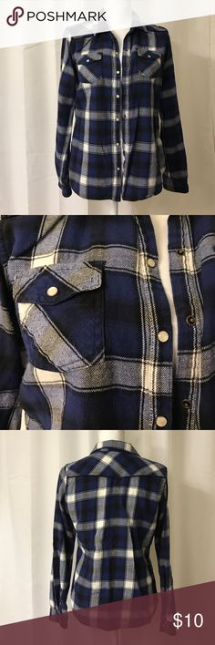 Large Merona Plaid Long Sleeve Large, blue plaid shirt. It fits more like a medium. Merona Tops Tees - Long Sleeve