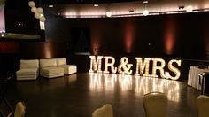 MARQUEE LETTERS MR & MRS 2