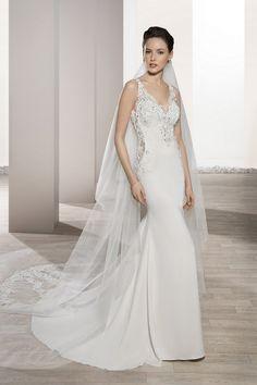 Νυφικά Φορέματα Demetrios Collection - Style 702