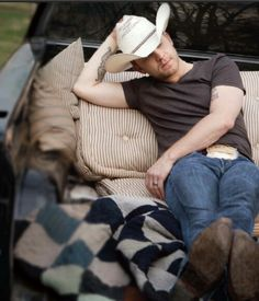 Justin Moore...yes please!!!!