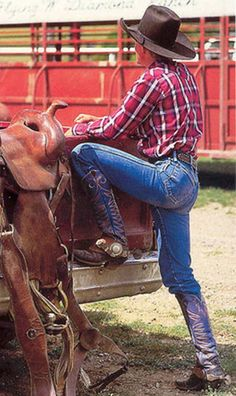 Where's my horse trailer? Cowboy Up, Cowboy And Cowgirl, Cowboy Boots, Rodeo Cowboys, Hot Cowboys, Cowboys Today, Western Wear, Western Boots, Hot Country Boys