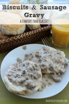 Easy Sausage Gravy and Biscuits Recipe Oh - this biscuits and sausage gravy recipe is one of my all-time favorite breakfasts and I don't have it nearly as often as I would like to have it! Easy Sausage Gravy, Easy Biscuits And Gravy, Easy Gravy, Quick Biscuit Recipe, Homemade Biscuits Recipe, Breakfast Dishes, Breakfast Recipes, Breakfast Ideas, Recipes Dinner