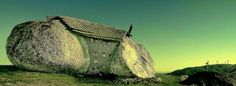 Casa do Penedo – the Stone House