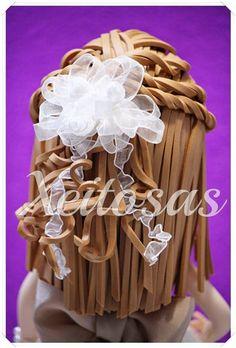 Fofucha de comunión con vestido de tul