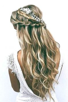 Unique Wedding Hairstyles Half Up Half Down With Braid Wedding Hairstyles With Bangs And Veil Wedding Hairstyles Half Up